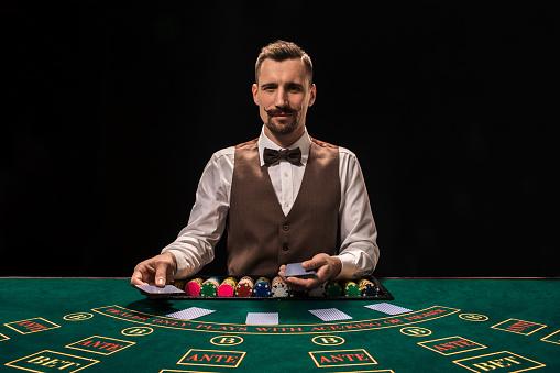 Crupiê salario gaming Madeira 29663